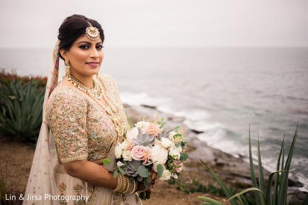 Adorable capture of Indian bride.