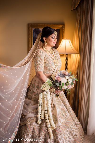 Enchanting maharani getting her veil on.