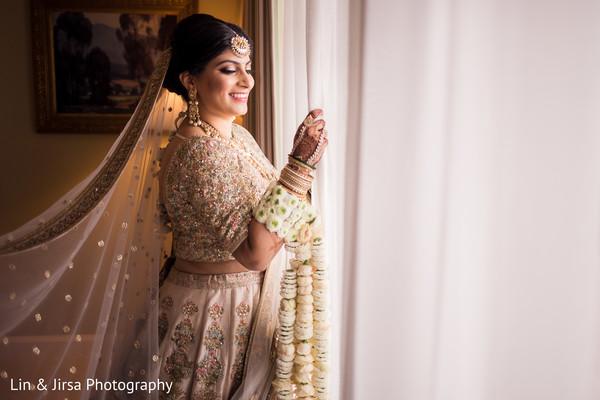 Stunning Indian bride marvelous ceremony look.