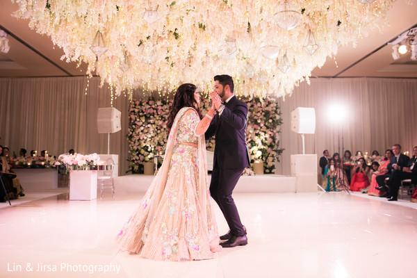 MajesticIndian couple's  wedding dance.