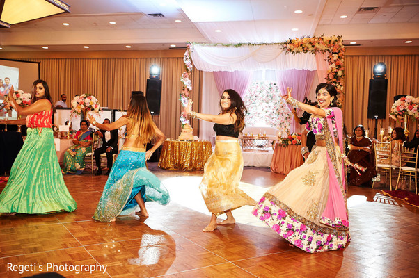 See this dazzling choreography at the reception