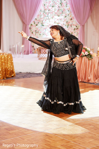 Dancer during the reception