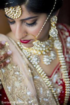 Elegant Indian bridal tikka.
