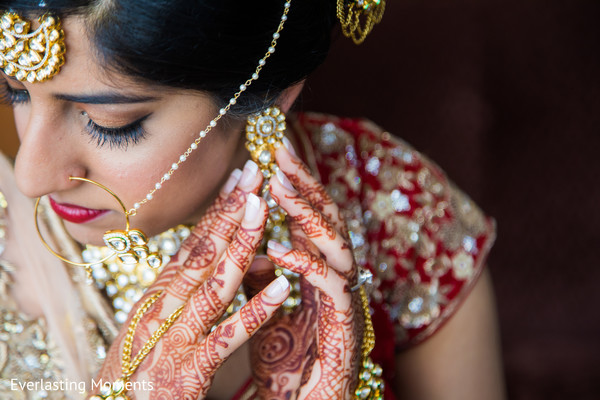 Marvelous Indian bridal jewelry.