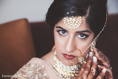 Impacting Indian bridal look.