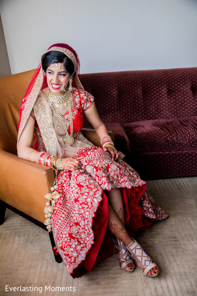 Lovely Indian bride ready for ceremony capture.