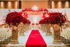 Marvelous Indian wedding ceremony roses decoration.