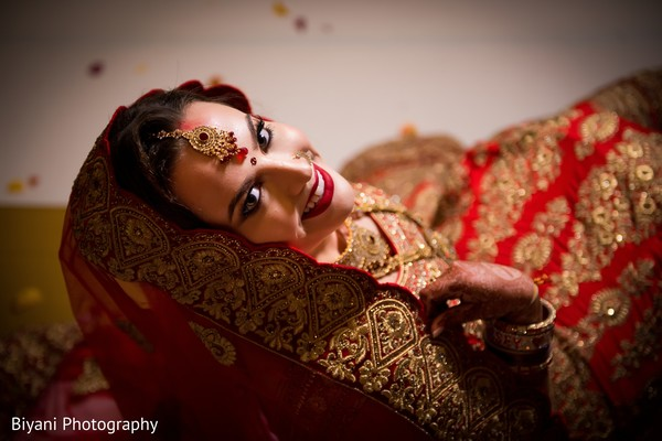 See this beautiful Maharani posing for pictures
