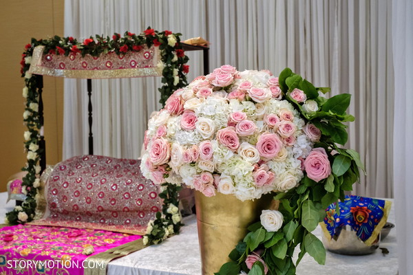 Stunning sikhism stage roses decorations.