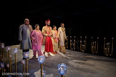 Magnificent entrance of Indian groom to ceremony.