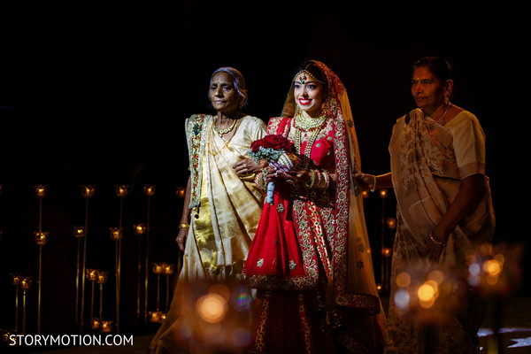 Take a look at this beautiful Indian bride about to get married.