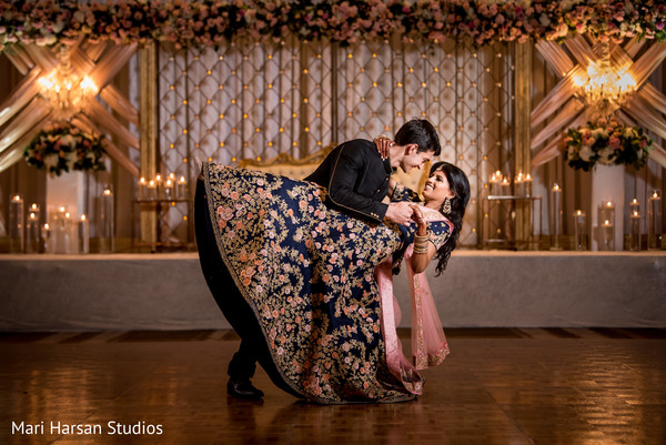 Gorgeous capture of Indian couple dancing