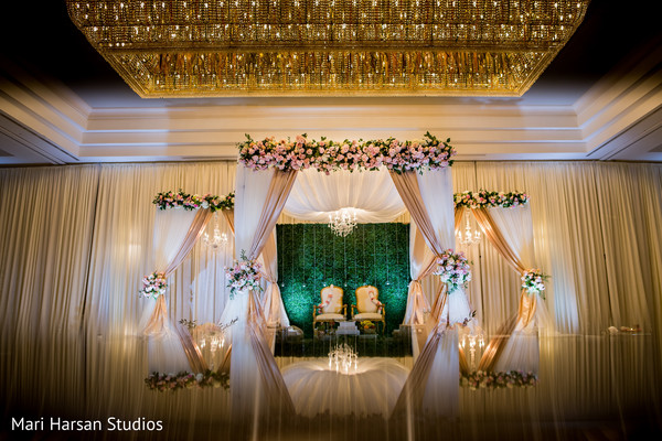 Mesmerizing indian wedding mandap