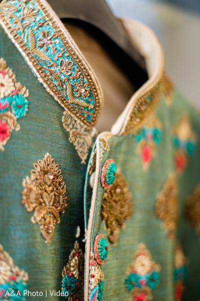 Details of Raja's sherwani