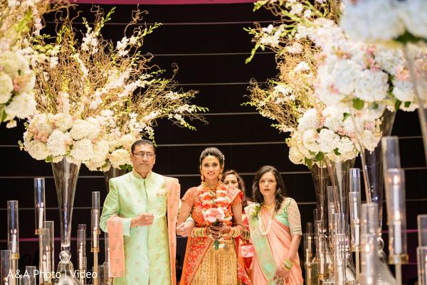 Enchanting Maharani making his entrance to the ceremony