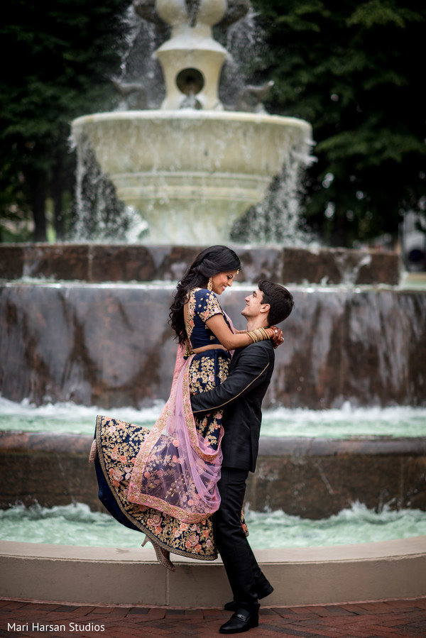 See this amazing shot of Indian bride and groom