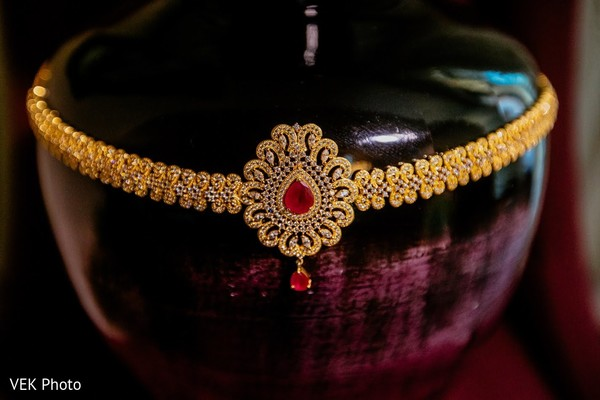 Magnificent Indian bridal golden ceremony necklace.
