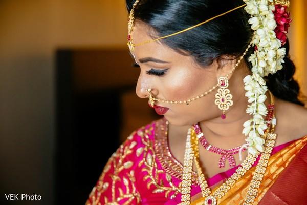 Fabulous Indian bride's ceremony fashion.
