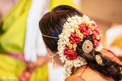 Incredible Indian bridal hairstyle.