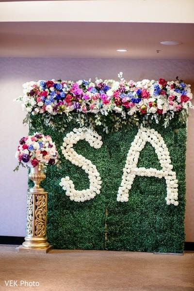 Marvelous personalized flowers decoration.