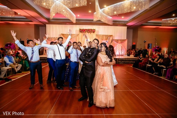Incredible choreography of Indian couple with groomsmen.