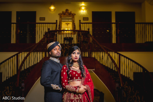 Enchanting Indian bride and groom capture.
