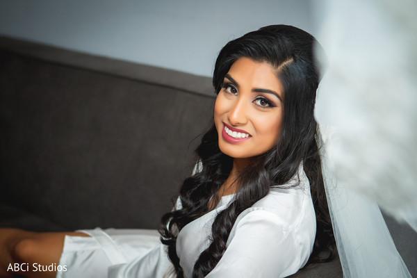 Closeup capture of Maharanis makeup.