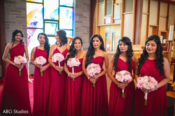 See these lovely Indian bridesmaids capture.