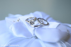 Marvelous Indian wedding ceremony rings.