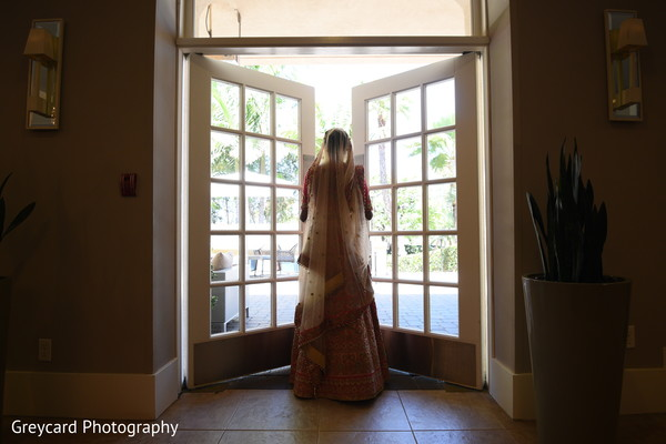 Maharani about to leave to her wedding ceremony.