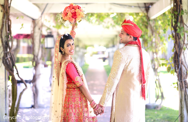 Lovely indian couple's photo session.