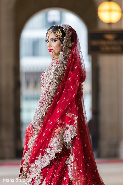 Ravishing Indian bride capture.