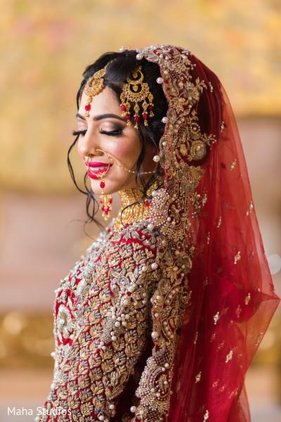 Insanely beautiful Indian bridal photo session.
