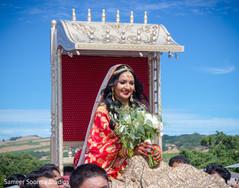 Maharani making her entrance on a palankin