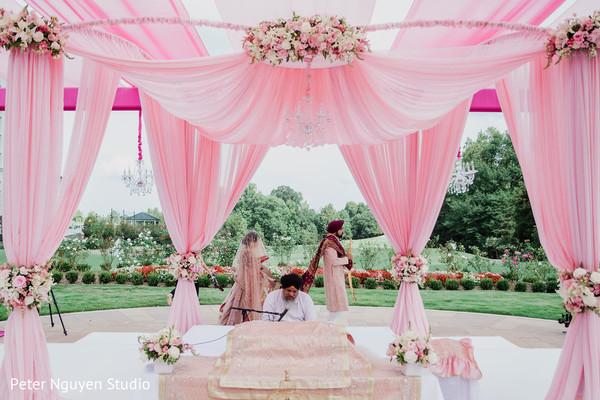Amazing Indian wedding outdoor decor
