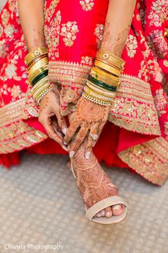 Gorgeous Indian bridal ceremony style.