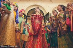 Gorgeous Indian bride at the venue