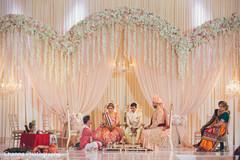 Floral arrangement design for the Indian wedding