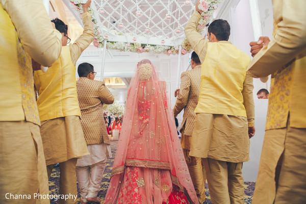 Special guests escorting the Maharani