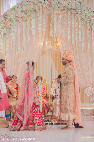 Lovely moments of the Indian wedding ceremony