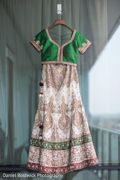 See this gorgeous lengha design