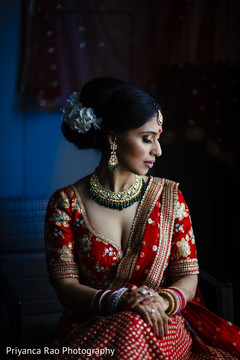 Indian bride posing prior to the ceremony