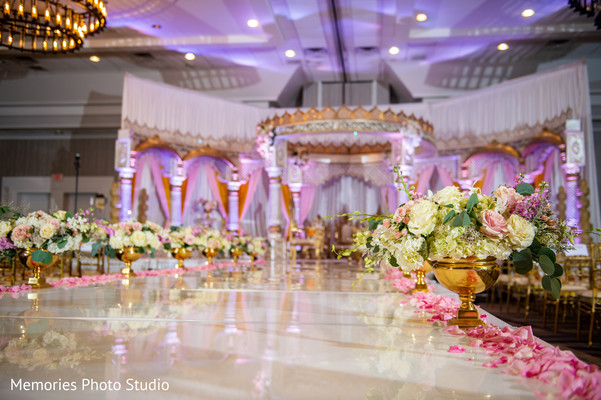 Classy wedding Mandap decoration.