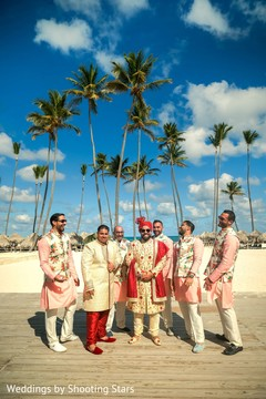 See these charming Indian groomsmen with groom.