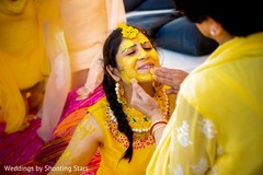 See this maharani with turmeric paste all over.