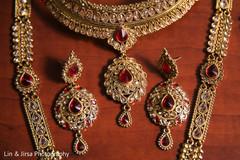 Stunning Indian bridal Polki necklace choker, earrings, and mala.