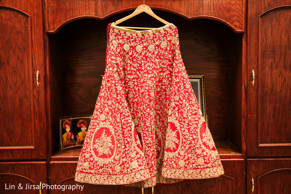 Marvelous Indian bridal lengha skirt.