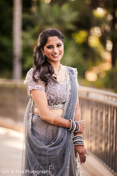 Dazzling Indian bride reception look.