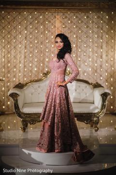 Stunning maharani's reception look.