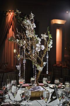 Marvelous Indian wedding table centerpiece decor.